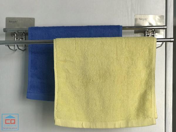 Vắt khăn đôi inox Navado Gs-5001 dán tường
