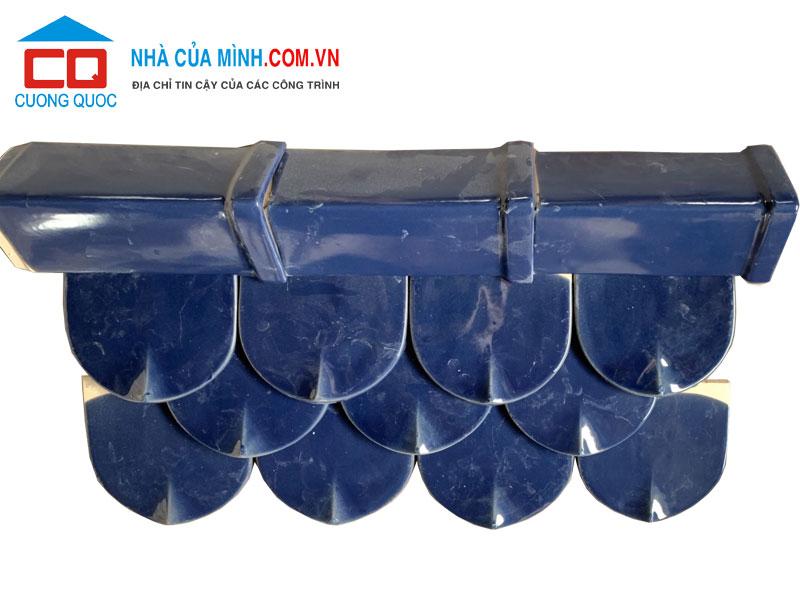 Ngói mũi hài Bát Tràng men xanh biển giá sốc