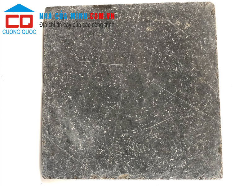 Đá rung giả cổ mẻ cạnh màu đen 30x30 VLCQ188 giá rẻ